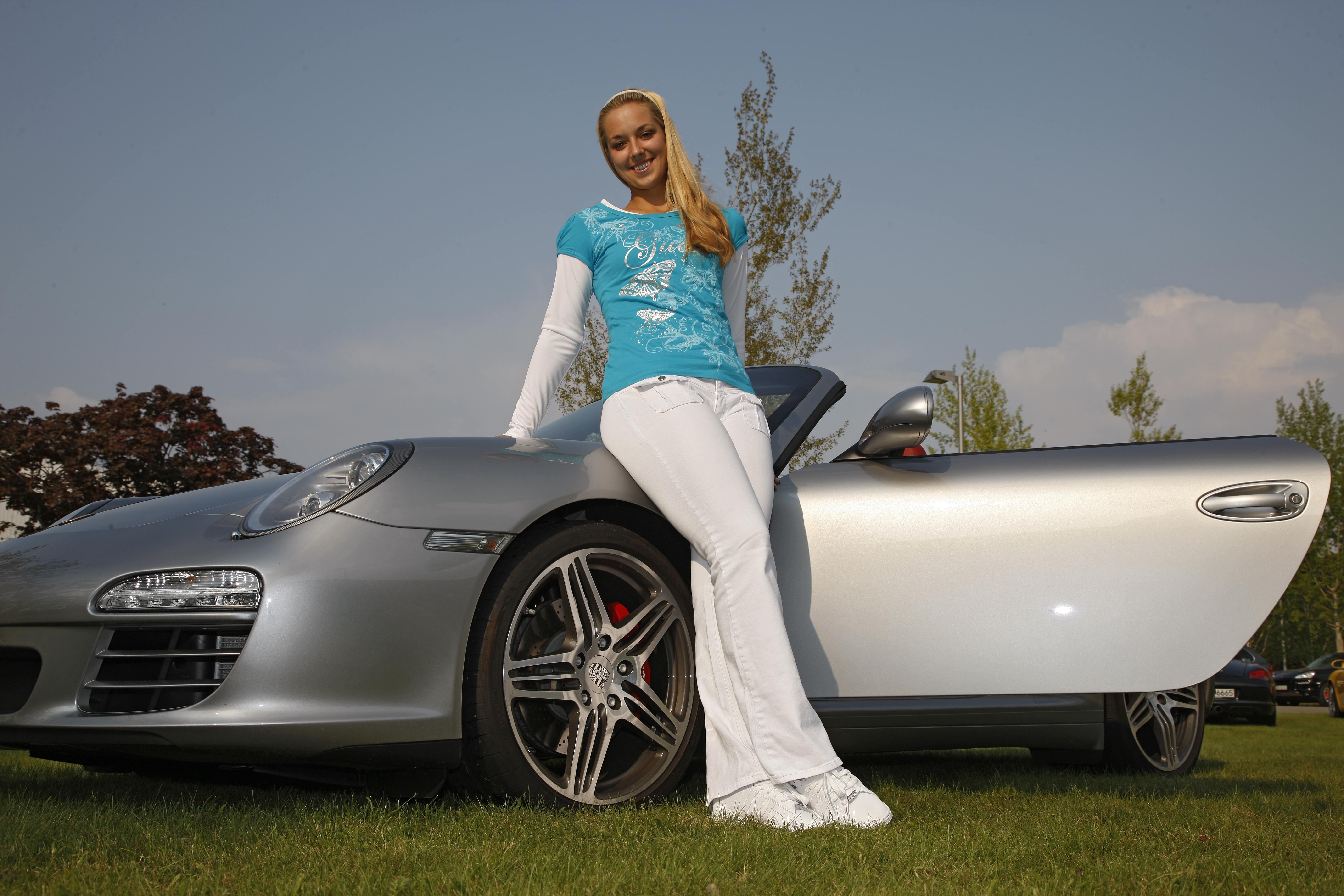 Porsche Tennis Sabine Lisicki With A Win In Birmingham