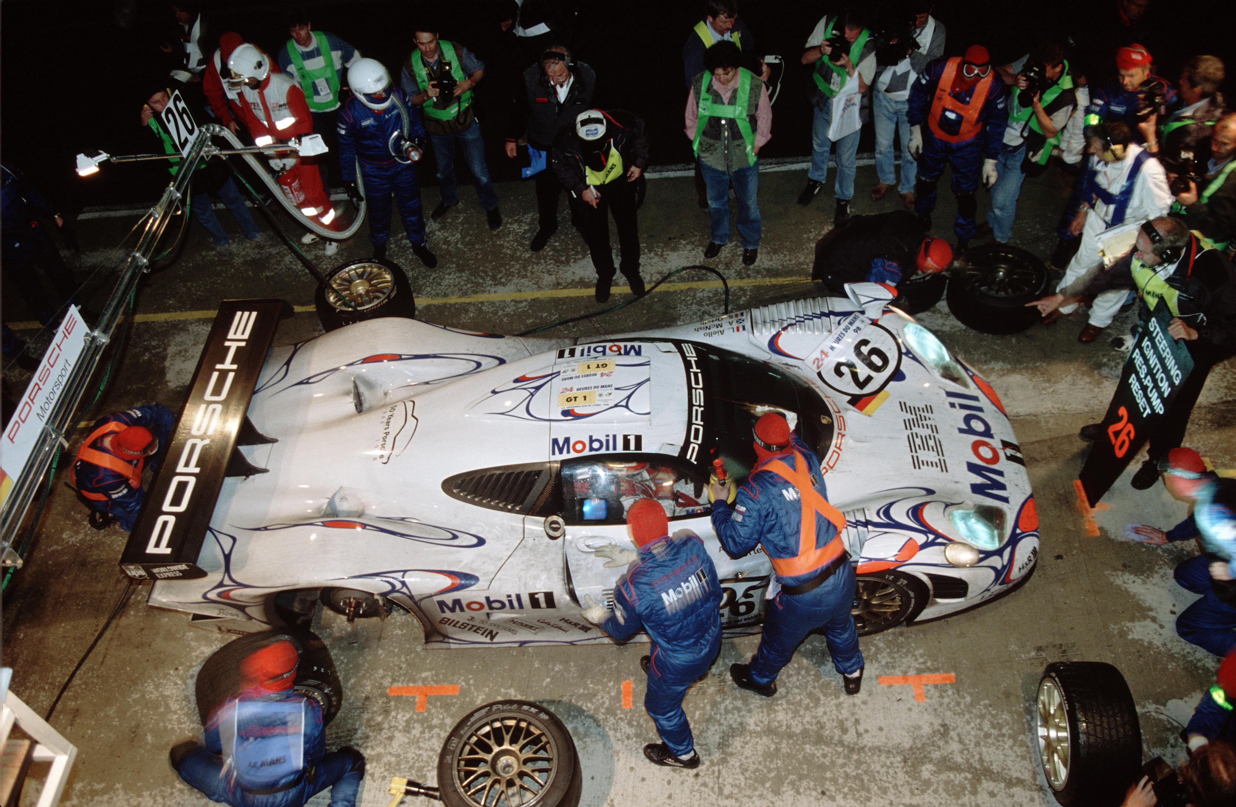 m11_2532_fine Wonderful 1998 Porsche 911 Gt1 Specs Cars Trend