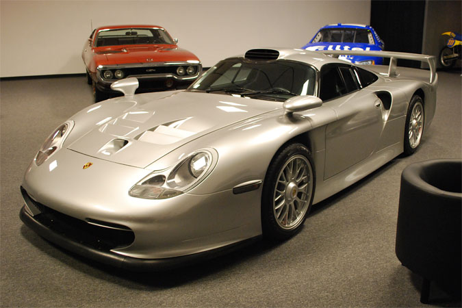up for sale 1997 porsche 911 gt1 stra enversion serial number 396005 1 of 20 evos built in. Black Bedroom Furniture Sets. Home Design Ideas
