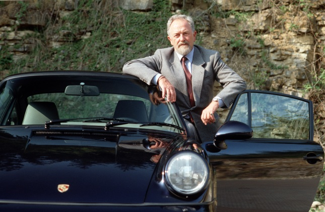 Ferdinand Alexander Porsche with 911 Carrera 2 3,6 Coupé Mj. 1992