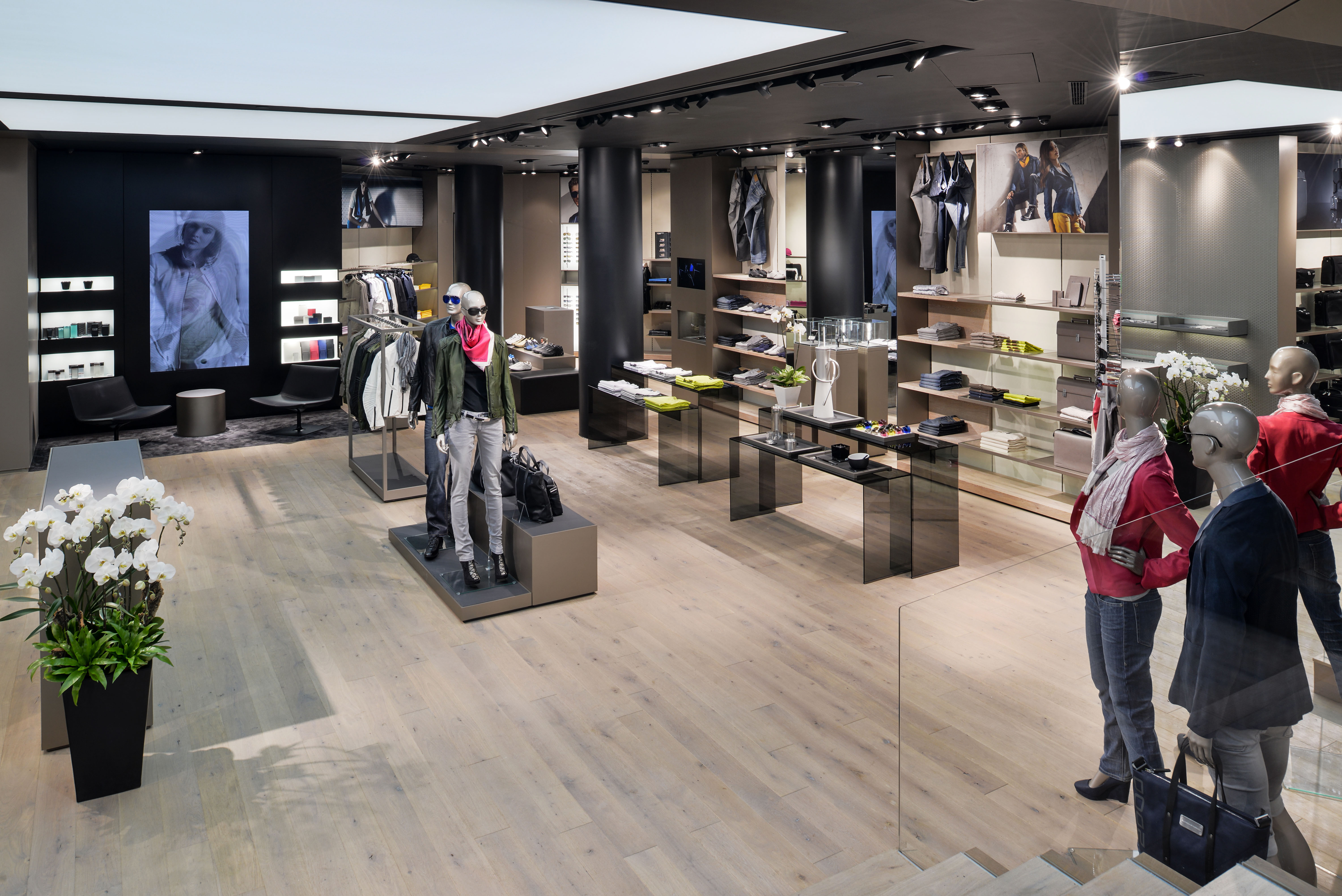 New Porsche Design Store Hong Kong Iconic Style On Queen