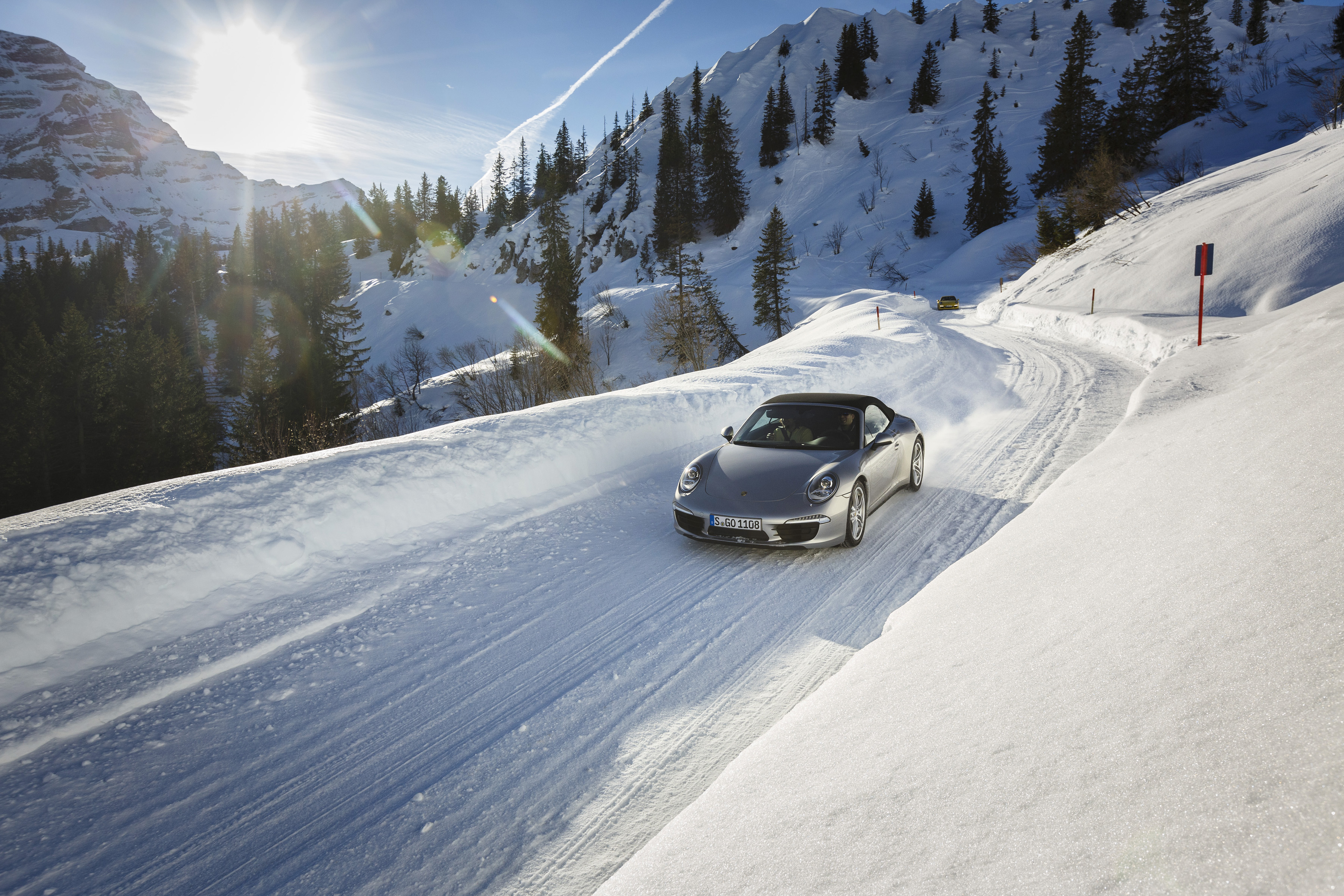 Porsche 911 – Double driving fun even in snow and ice ...