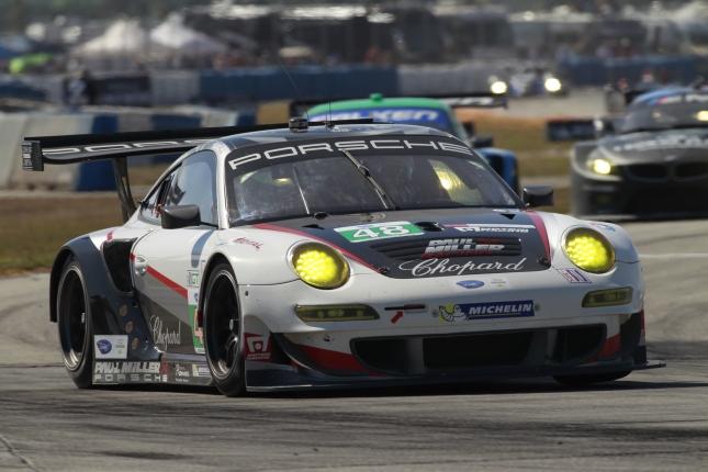 Porsche 911 GT3 RSR, Paul Miller Racing: Marco Holzer, Richard Lietz, Bryce Miller