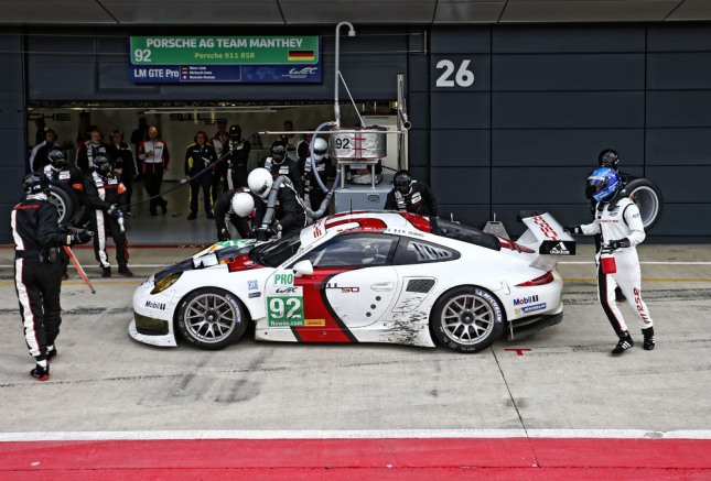 Porsche 911 RSR, Porsche AG Team Manthey- Marc Lieb, Richard Lietz, Romain Dumas