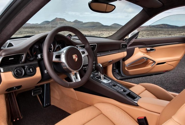 911 Turbo S Coupé Interior