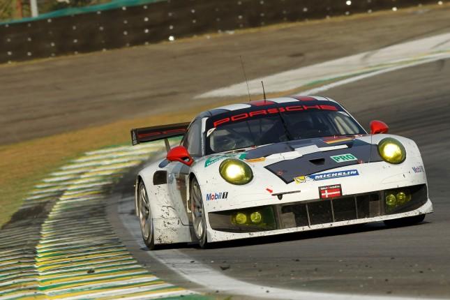 Porsche 911 RSR, Porsche AG Team Manthey: Joerg Bergmeister, Patrick Pilet