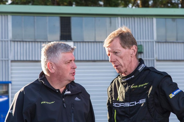l.- r.: Wolfgang Hatz, Board Member of the Executive for Research and Development, Walter Röhrl, twice holder of the rally world championship