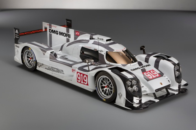 Until May 4th, 2014, the 919 Hybrid mock-up will be on display at the Porsche Museum.