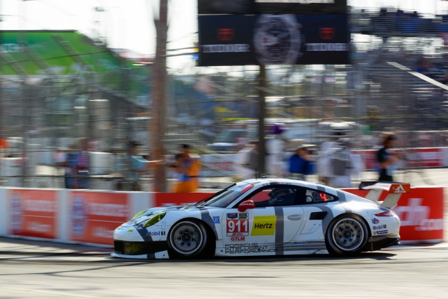 Porsche 911 RSR, Porsche North America: Richard Lietz, Nick Tandy