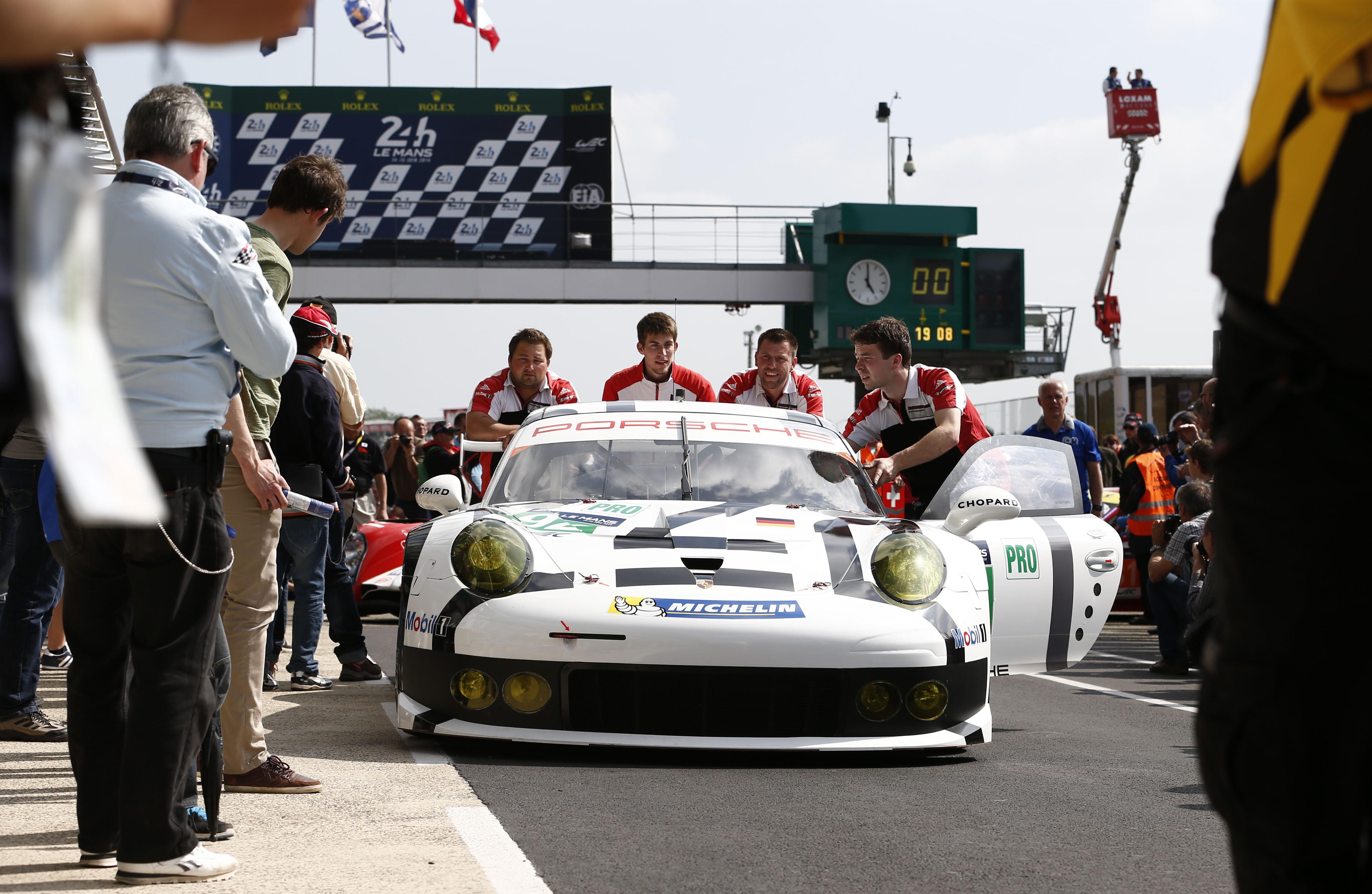 Porsche Teams Conduct Successful Le Mans Test Sports Car
