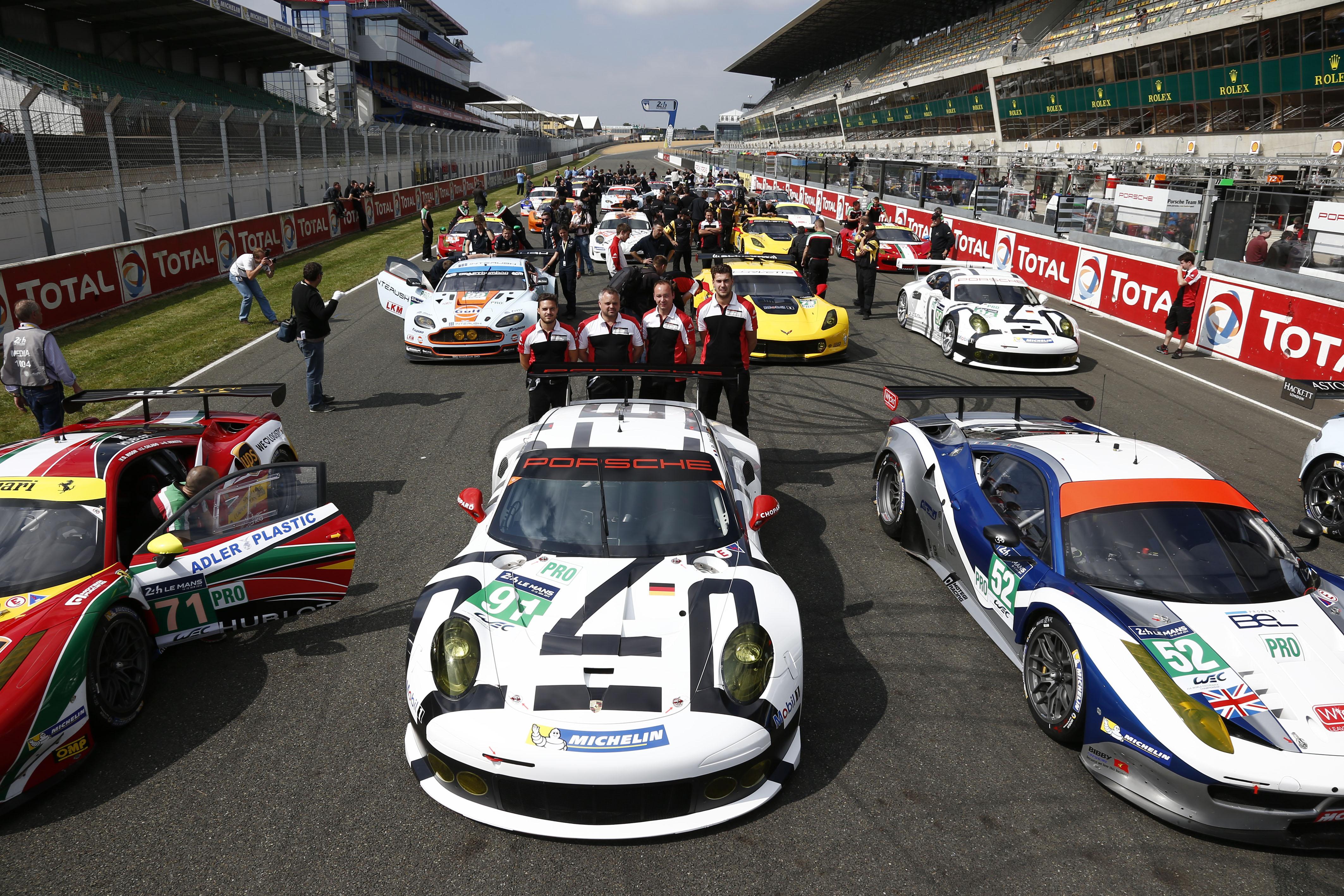Porsche Teams Conduct Successful Le Mans Test Sports Car Wec Test Day Le Mans 24 Hours France