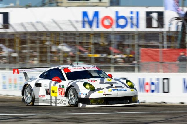 Porsche 911 RSR (#911), Porsche North America: Richard Lietz, Patrick Pilet, Nick Tandy